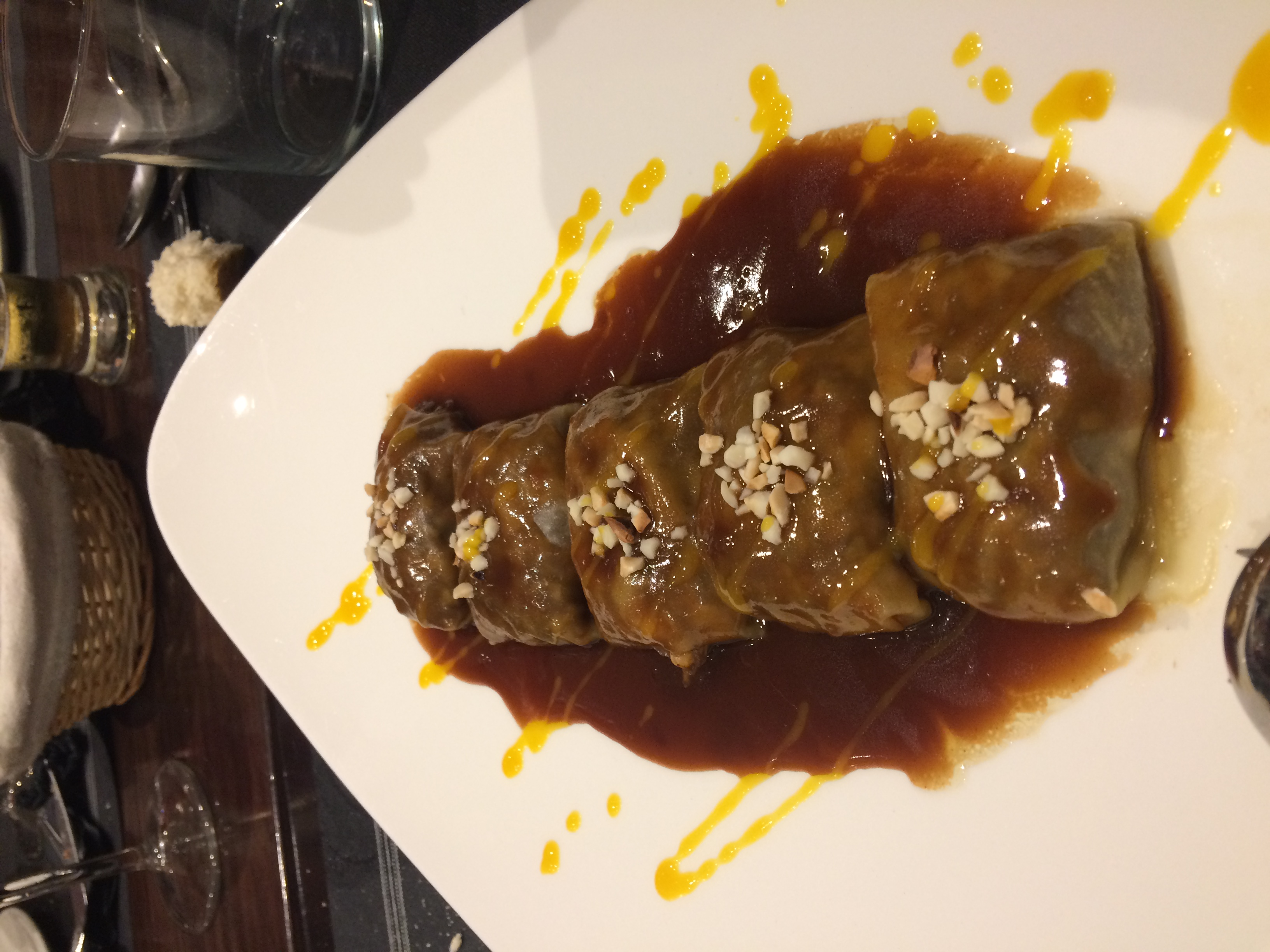 ravioli de cola de toro en el restaurante patanegra57 en Nerja - Los viajes de Margalliver